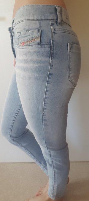 Jeans Diesel hellblau Größe 27