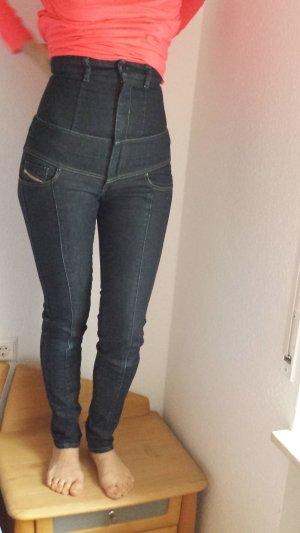 Jeans Diesel High Waist-Modell