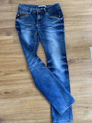 Jeans dunkel