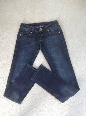 Jeans / dunkelblau / Ge. 36 S / Tally Weijl / NEU