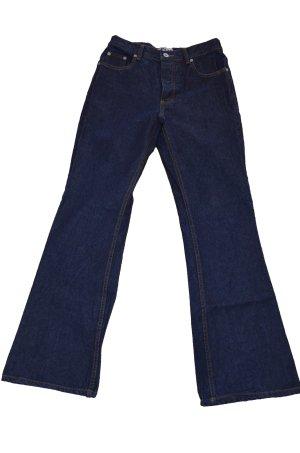Jeans dunkelblau mit ausgestellten Hosenbeinen (Gr. 36/ S)