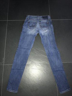 Jeans edc Esprit Hose. In blassblau Farbe