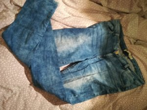 Jeans slim blanc-bleu acier