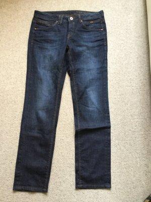 Jeans, gerade geschnitten,