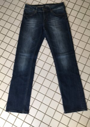 Jeans grade geschnittenes Bein