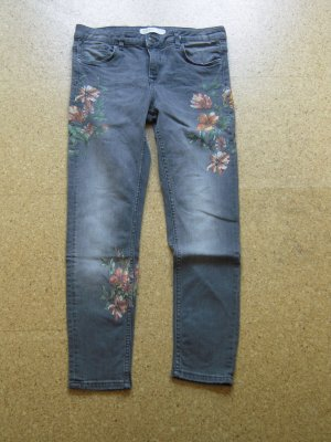 Jeans grau Blütenprint
