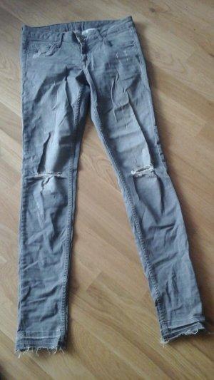Jeans grau destroyed