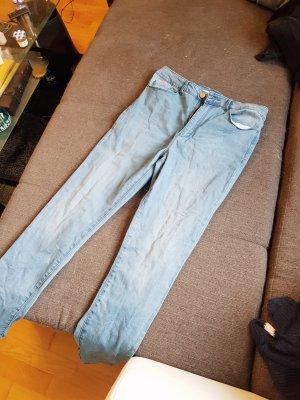 Jeans Größe 42 mit hohem Bund