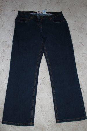 Jeans Größe 44, getragen