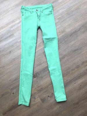 Jeans grün