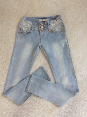 Jeans / hellblau / Gr. 36 S / NEU
