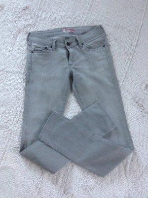 Jeans / hellgrau / Gr. 36