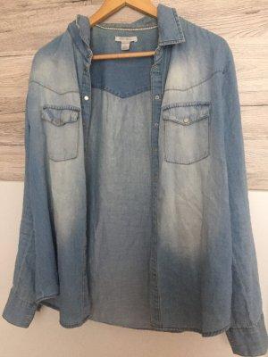 Jeans Hemd in hellblau
