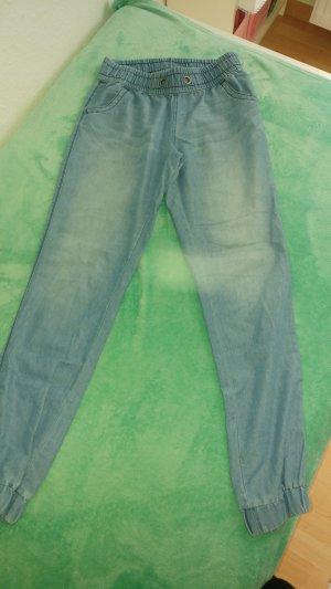 Pantalón estilo Harem azul aciano