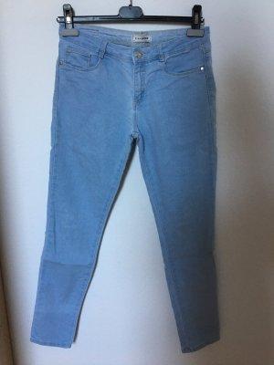 • Jeans-Hose •