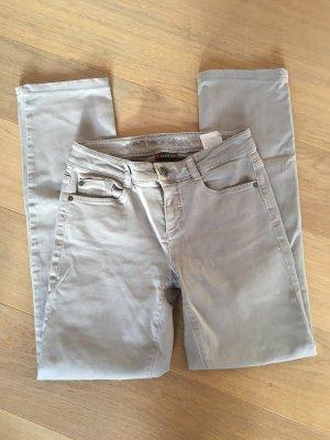 Jeans Hose Denim stretchig beige Slim Leg Gr. 26