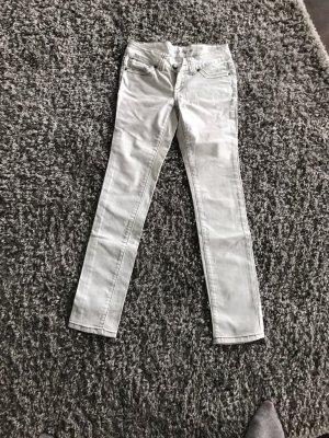 Jeans Hose neu weis sehr guter Zustand Größe 34