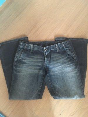 Jeans Hose Schlaghose Boot Cut blau washed Diesel Gr. 30