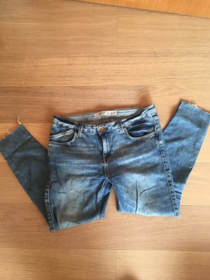 Jeans Hose skinny hellblau stretchig Basic Gr. 38 TOP