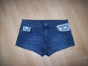 Jeans Hot Pants mit Spitze Gr. 33 wie neu! Boho Hippie