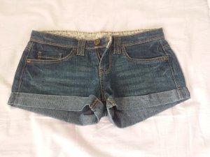 Jeans Hot Pants schön und sportlich