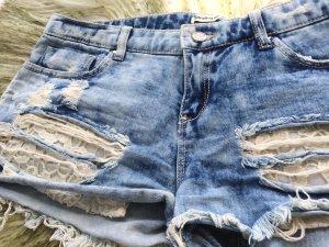 Jeans Hotpants von der Firma Stradivarius