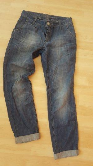 Jeans im Boyfriend Style s.oliver