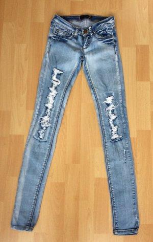 Jeans im destroyed look von Tally Weijl in der Größe 32