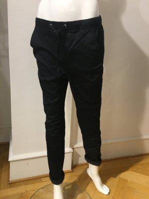 Jeans im Jogginghosen Look