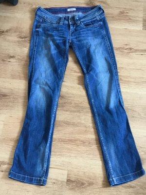 Jeans im lockern Style