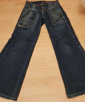 Jeans im Marlene Stil