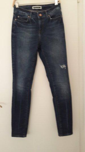 Jeans im sehr guten Zustand