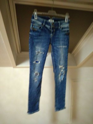 Jeans im Used-look...