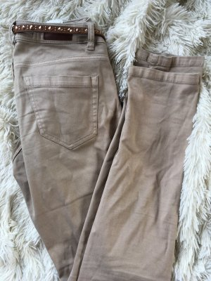 Jeans in beige - kaum getragen !
