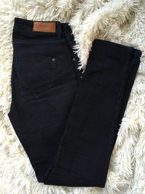 Jeans in Dunkelblau - Kaum getragen