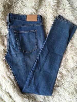 Jeans in einem hellen Blauton - 1 x getragen!
