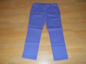 Jeans in Gr. 42 lila