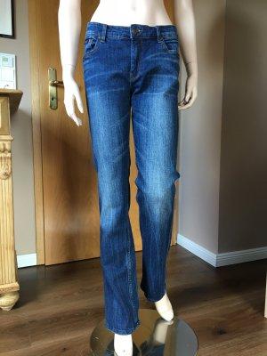 Jeans in used Optik von Apart in Größe 38