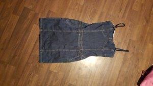 Jeans ist ja wieder In ;)