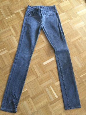 Jeans J Brand grau 25