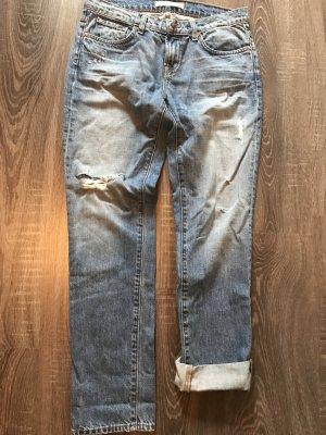 Jeans J Brand im Boyfriend Style, hellblau, destroyed, lässiger Schnitt