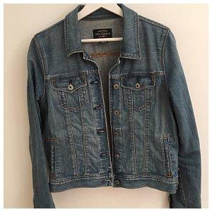 Jeans Jacke, gerader klassischer Schnitt