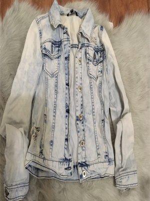Jeans Jacke mit Löschern