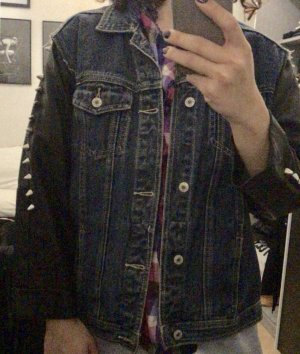 Jeans Jacke mit Nieten im Vetemans stil