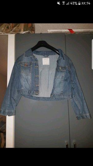 Jeans Jacke (siehe Bild)