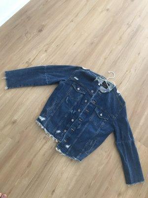 Jeans Jacke von ZARA mit Applikationen