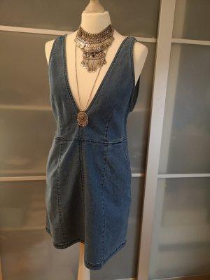 Jeans Kleid mit tiefen Ausschnitt