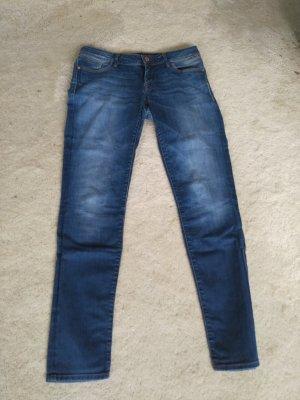 """Jeans """"Lindy"""" von Mavi 32/34"""