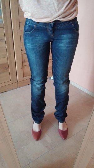 Jeans, Marke QS by s.oliver, deutsche Gr. 36/ 32