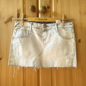Jeans Min im Used-Looki
